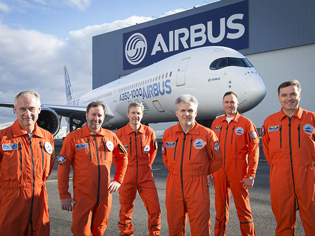 air-journal_Airbus-A350-1000_first_flight_Crew_2